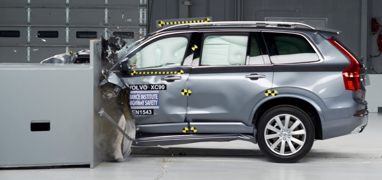 2016 XC90 IIHS Small Overlap Crash Test